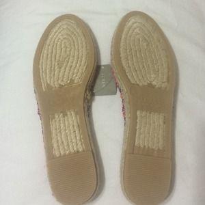 "J. Crew Shoes - *BRAND NEW* Jcrew printed espadrilles ""pink"""