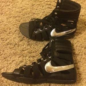 4415bf104c3 Nike Shoes - Nike gladiator sandals! Rare and so hot!