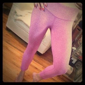 Lululemon Heathered Pink Wunder Under Crops