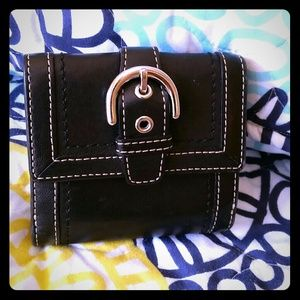 ●Coach● buckle wallet