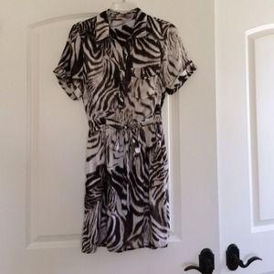 Dresses & Skirts - Brand new w/o tags animal print dress