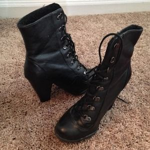 Boots - Black Boots💟