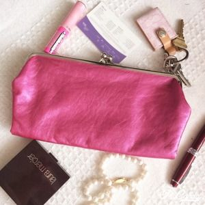 NWOT METALLIC FUCHSIA CLUTCH / WALLET