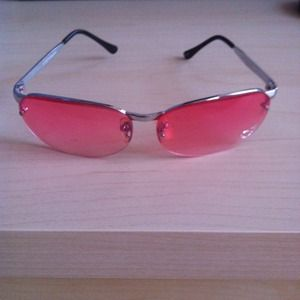 6a11cec1633 Accessories - Pink Sunglasses with Rhinestone Heart