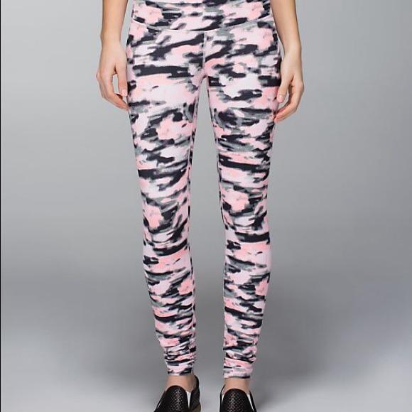 Lululemon pink camo leggings