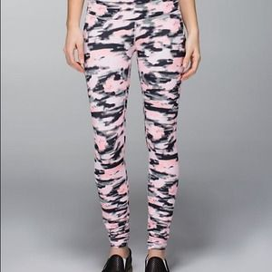 Lululemon pink camo leggings
