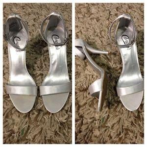 8cfda10dbe2f Candies Silver Heels - Js Heel