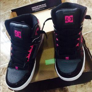 DC Shoes - **Back to school Bargain** DC shoes pink&black