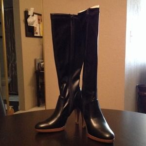 Boots - Black boots