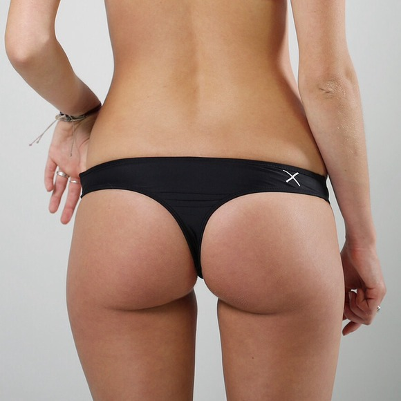 198f9ed82ac5e NEW Boutine LA Black Cheeky Thong Bikini Bottom