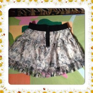 Zara Skirts - Zara Lace Fully Lined Skater Skirt L 30