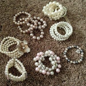 Jewelry - 💕Pearls Bundle Set💕