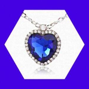Titanic Heart Of The Ocean Blue Pendant & Necklace