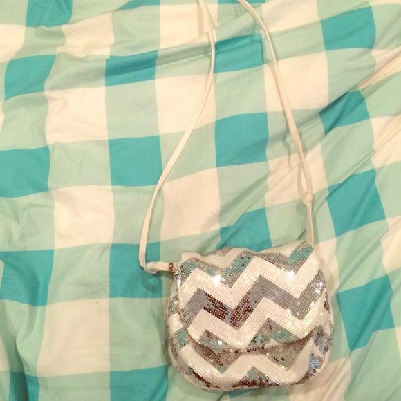 3298a77c3f7b PINK Victoria s Secret Bags