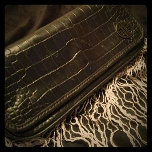 $20 BLACK FRIDAY! Antonio Melani Snakeskin Clutch