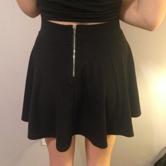 67 h m dresses skirts h m black skater skirt from
