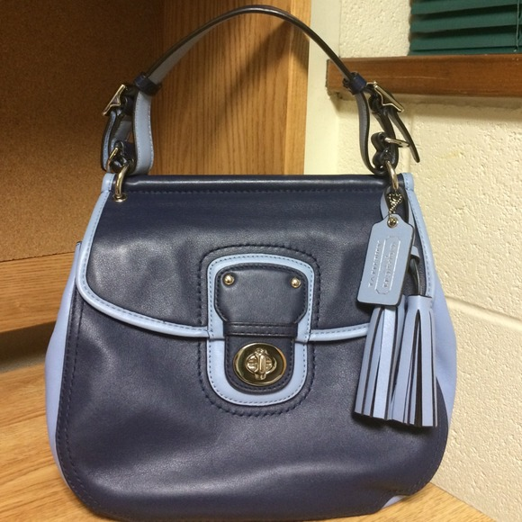 Coach Handbags - ⭐️ ️HOLIDAY SALE!! ️⭐️Coach Willis ...