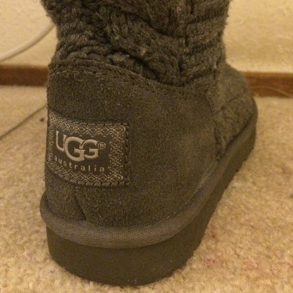 knit uggs sizing