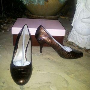 Bandolino Shoes - FLASH SALE! NWT 2 PAIRS Bandolino Snakeskin Heels