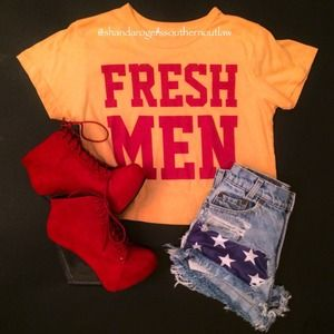 Tops - 🎉Host Pick 🎉Fresh-men crop top