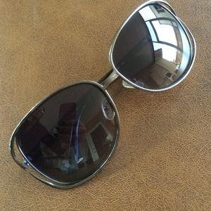 Kaisha Accessories - Kaisha sunglasses 😎excellent condition