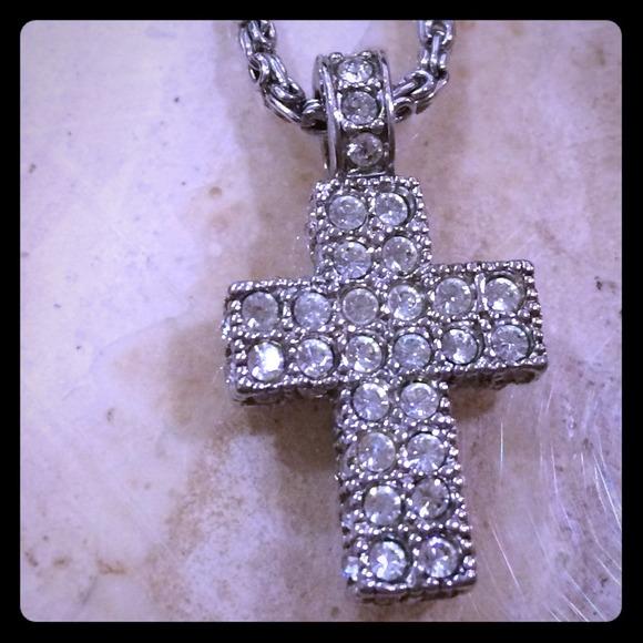 796098d3b1e99 Authentic Swarovski Crystal Pave Cross Necklace