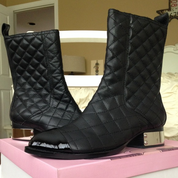 b03cfb70ef5c Jeffrey Campbell Zhora Quilted Boot