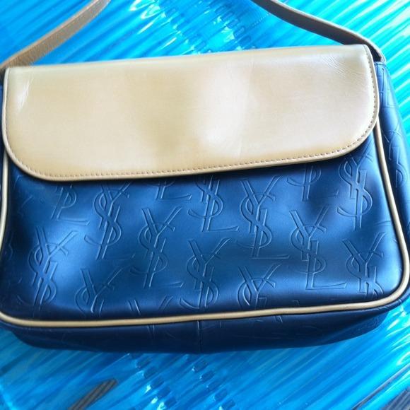 666d0acbf0 Yves Saint Laurent Handbags - €HP 5 12...REDUCED💥AUTHENTIC