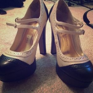 White & Black Oxford Pumps