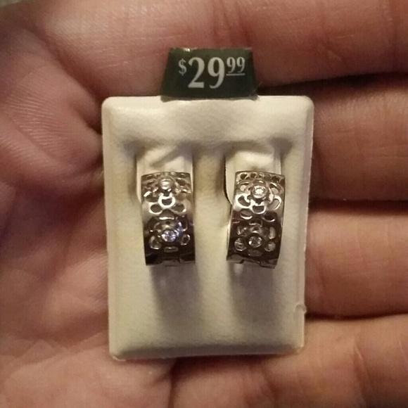 Piercing Pagoda Jewelry: 67% Off Piercing Pagoda Jewelry