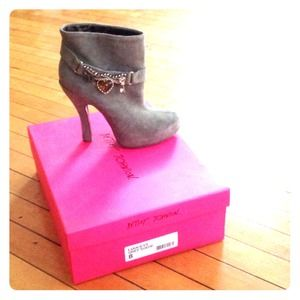REDUCED! Betsey Johnson suede heel booties NWT