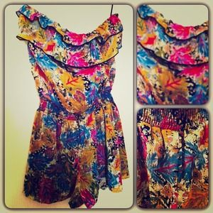 Fire Los Angeles Tops - 🎉HOST PICK🎉Nordstrom Floral Ruffle Romper