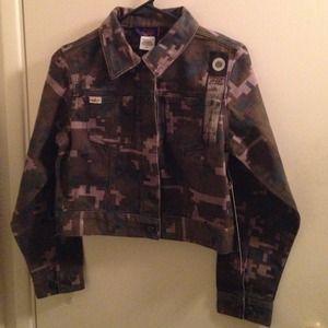 NWT Camouflage Crop Jacket S Willi Esco Ella