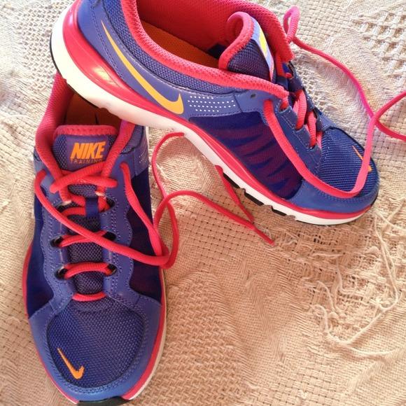 b3d0eb65a0916 Brand New Women s Nike Flex TR2 Athletic Shoes. M 53f0914d7819503fe917043a