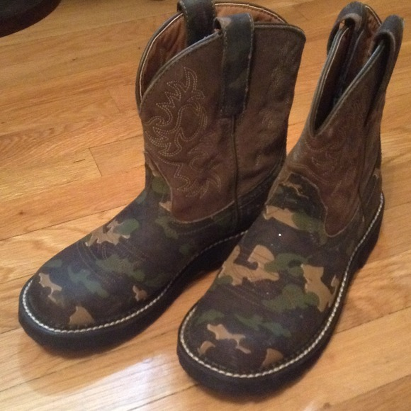 40% off Ariat Boots - Ariat Fatbaby Camo Boots from Julie's closet ...