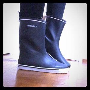 40% off Tretorn Boots - Tretorn rain boots from Isabella's closet ...