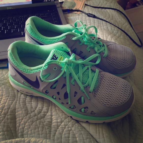 Nike Dual Fusion Run 2 Shoes Women's Size 6.5 ~ Free Shipping!