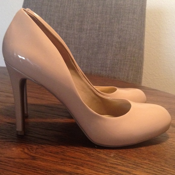 73% off Jessica Simpson Shoes - Jessica Simpson Nude round toe ...