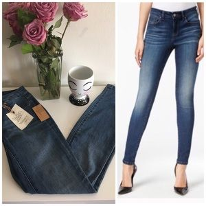 Mid-ride Skinny Jeans Size 25