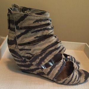 Steve Madden Shoes - NEW Steven Gray & Cream Sandal wedges | 8.5