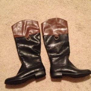 Xhiliration brown and black color block boots