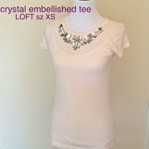 🆕slim fit, crystal embellished tee. LOFT sz XS!