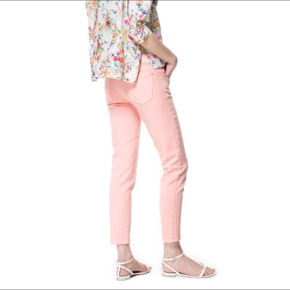 77% off Zara Denim - 🎉HP 1/30🎉 Zara pink distressed denim from ...