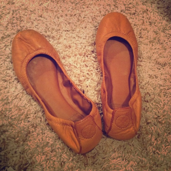 Gently Used Carmel Tory Burch Leather Flats.