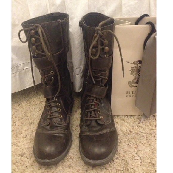78% off Guess Boots - GUESS DARK BROWN COMBAT BOOTS GREAT ...