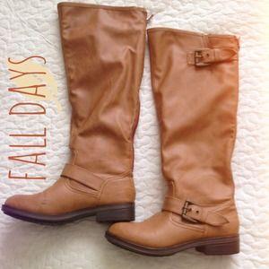 JustFab Flat Camel Boots