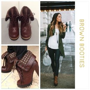 Brown Fold Over Lace-Up Boots w/Heel Size 6