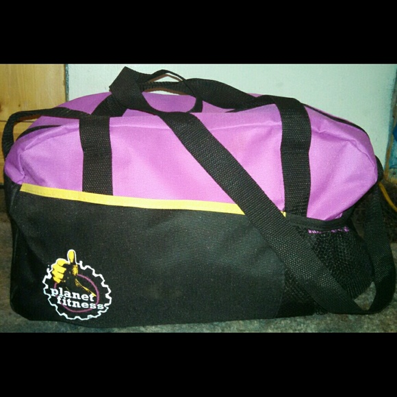 4470fd2fdf Planet Fitness Gym Duffle Bag. M 53f3b21d4c47c009ac031a31