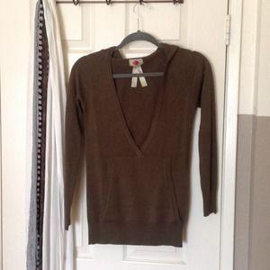 Moe Clothing