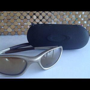 Oakley Sport Sunglasses + Case